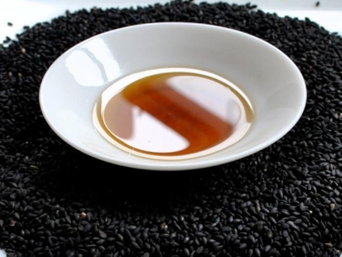 ulje crnog kima za lice