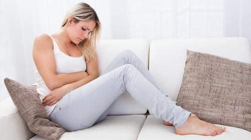 Produžena menstruacija - uzroci i lečenje