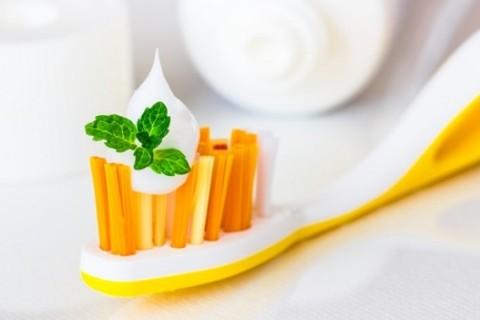 Najbolje prirodne paste za zube – prednosti i recepti